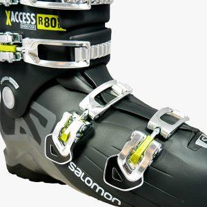 buty narciarskie z żóltymi zapięciami salmon